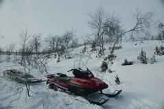 Тур выходного дня с катанием на снегоходах